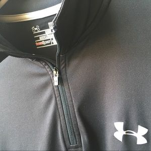 Under Armour 1/4 zip pullover size medium